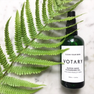 A nourishing hydrating formula to oil cleanse your skin