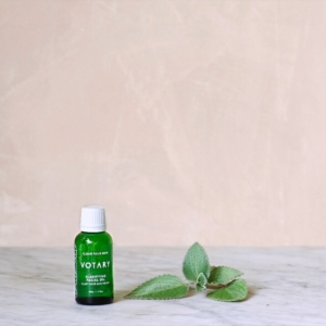 Clear your blemished skin with Votary